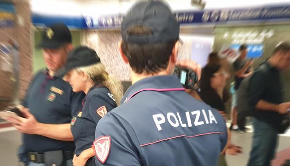 POLIZIA DI STATO - ROMA * POLFER - BILANCIO SETTIMANALE: « 23 ARRESTI, 217 INDAGATI, 35.000 IDENTIFICATI E 3 KG DI STUPEFACENTE SEQUESTRATO »