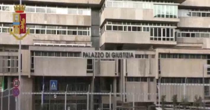 POLIZIA DI STATO - POTENZA * CAPORALATO: « DISARTICOLATA ASSOCIAZIONE FINALIZZATA ALL'INTERMEDIAZIONE ILLECITA E SFRUTTAMENTO DEL LAVORO » (VIDEO)