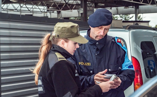 FRONTEX * « THE EUROPEAN BORDER AND COAST GUARD AGENCY, IS LAUNCHING THE RECRUITMENT CAMPAIGN FOR EUROPE'S FIRST UNIFORMED SERVICE »