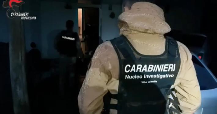 CARABINIERI - VIBO VALENTIA * 'NDRANGHETA: « CATTURATO IL LATITANTE BONAVOTA DOMENICO, CONDANNATO IN 1° GRADO ALL'ERGASTOLO PER OMICIDIO E DETENZIONE DI ARMI »