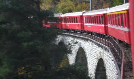 """TRANSDOLOMITES * SVIZZERA - AUSTRIA - ITALIA: PRESIDENTE GIRARDI, « ABBIAMO ADERITO AL COMITATO """" PRO BAHN TERRA RAETICA """", COLMEREMO LE LACUNE DELLE FERROVIE ALPINE »"""