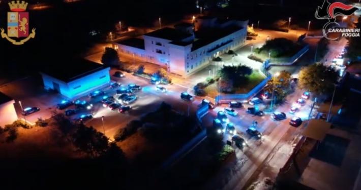 """POLIZIA DI STATO E CARABINIERI- FOGGIA * OPERAZIONE """" DECIMABIS """", « OPERAZIONE ANTIMAFIA, DECINE DI ARRESTI NEI CONFRONTI DELLA SOCIETÀ FOGGIANA » (VIDEO)"""