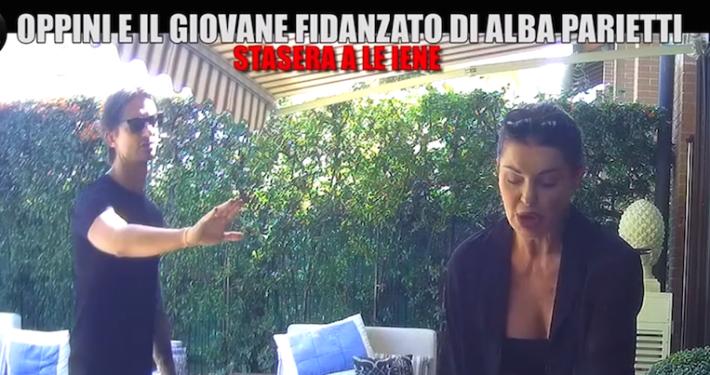 """ITALIA 1 - """" LE IENE """" * « LO SCHERZO A FRANCESCO OPPINI CON LA COMPLICITÀ DI ALBA PARIETTI, GIOVEDÌ 17 DICEMBRE, »"""