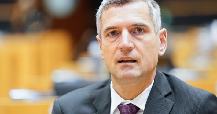"""DORFMANN - PARLAMENTO EUROPEO * MOBILITÀ: « CON IL  """" PASSAPORTO VERDE """" L'UE CERCA DI TORNARE ALLA NORMALITÀ »"""