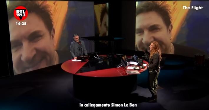 """RTL 102.5 * DURAN DURAN: SIMON LE BON, « IL VIDEO DI """" INVISIBILE """" REALIZZATO CON IL SUPPORTO DELL' INTELLIGENZA ARTIFICIALE »"""