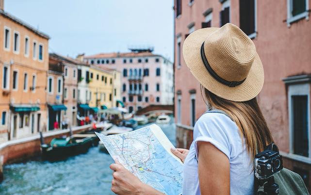 FACILE.IT * TURISMO: « 4,5 MILIONI GLI ITALIANI CHE HANNO GIÀ PRENOTATO LE FERIE ESTIVE, L'84,6% RIMARRÀ IN ITALIA »